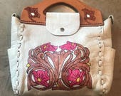 TOOLED LEATHER BAG Hand Painted Western Purse Psychedelic White Leather Boho Hippie Satchel Hobo Mexican Souvenir Vintage 70s