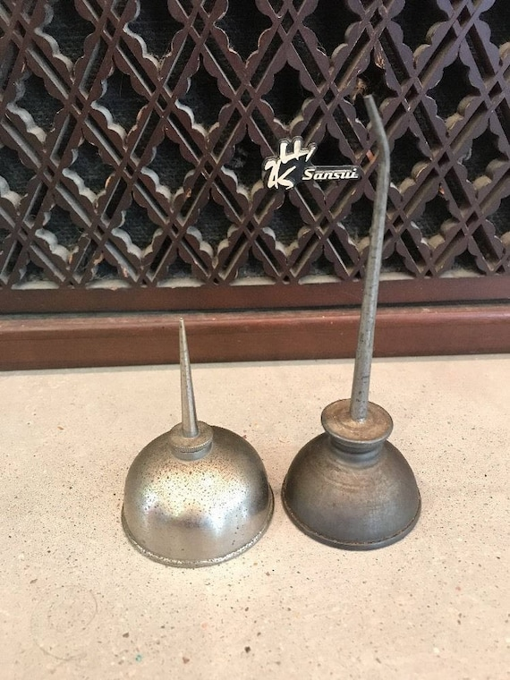 Vintage Mini Oil Can LOT of 2 Retro Primitive Thumb Oil Cans Mancave Garage  Gas Can Retro Bar Art Home Decor Collectible Patina Gift Decor