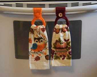 Hanging Towel Holder - Kitchen Towels -  Fall Themed Towels