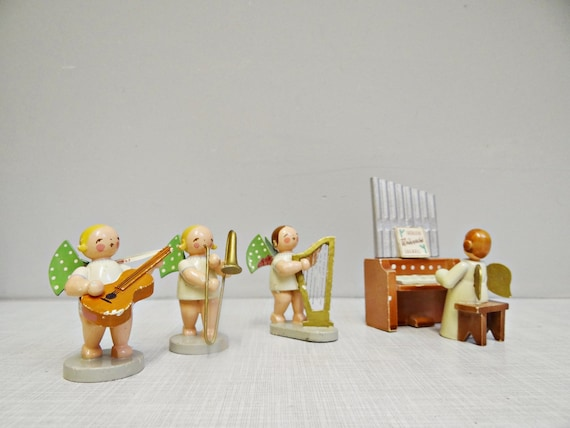 Vintage Ore Mountains Angel Orchestra, Wendt and Kühn 11 points Musicians Angels 40/50s, Midcentury German Christmas Angels