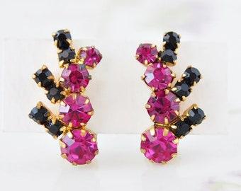 Vintage Pink & Black Rhisntone Clip On Earrings Retro Costume Jewelry  / CJ3208