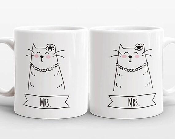 Cat LESBIAN Couple Mugs, Set of 2 MRS and MRS Mugs, Lesbian Wedding Gift, Engagement Gift Anniversary Gift, Lesbian Couple Gift, Coffee Mugs