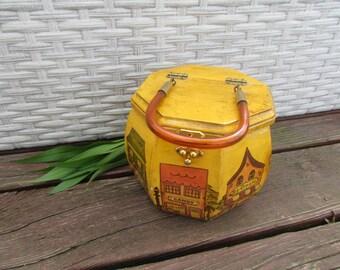 f51ffd04c26e Vintage 1970's Pumpkin Box Purse Store Front Scene