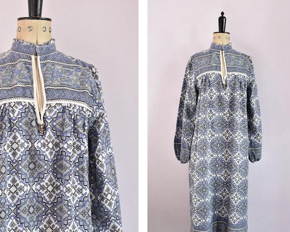 Vintage 1970s Indian cotton blue grey geometric dr