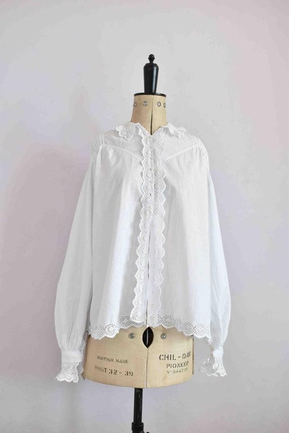 Antique Victorian Edwardian floral lace white cot… - image 2