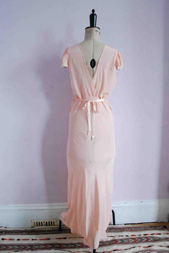 Vintage 1930s pink lace bias cut rayon silk slip … - image 8