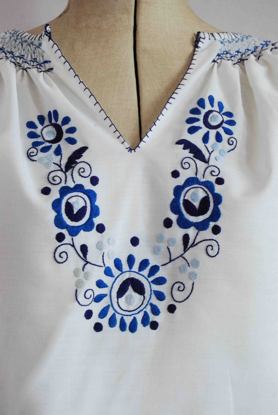 Vintage 1960s 70s 30s style embroidered Hungarian… - image 3