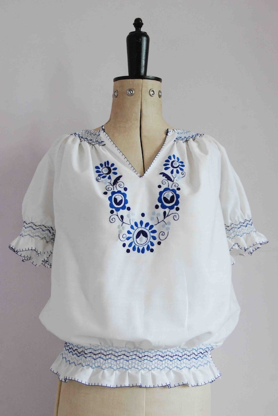 Vintage 1960s 70s 30s style embroidered Hungarian… - image 2