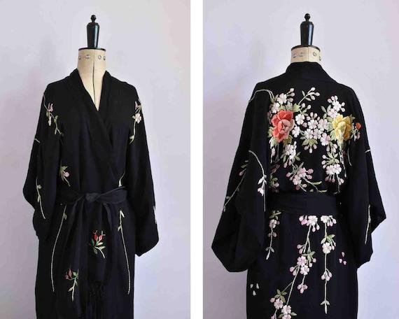 Vintage 1920s embroidered silk crepe kimono - 20s