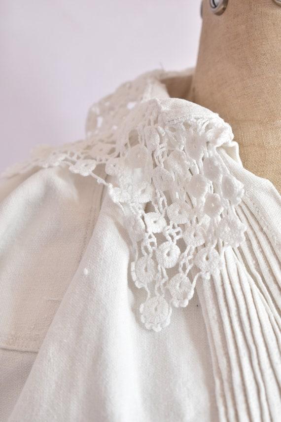 Vintage Antique linen folk floral embroidered pea… - image 6
