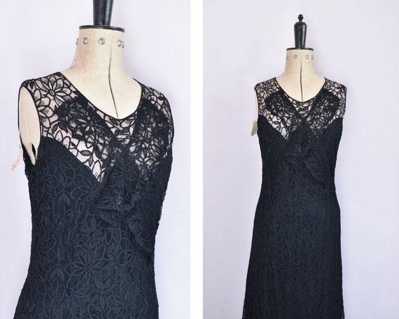 Vintage 1930s black floral lace ruffle bias cut go