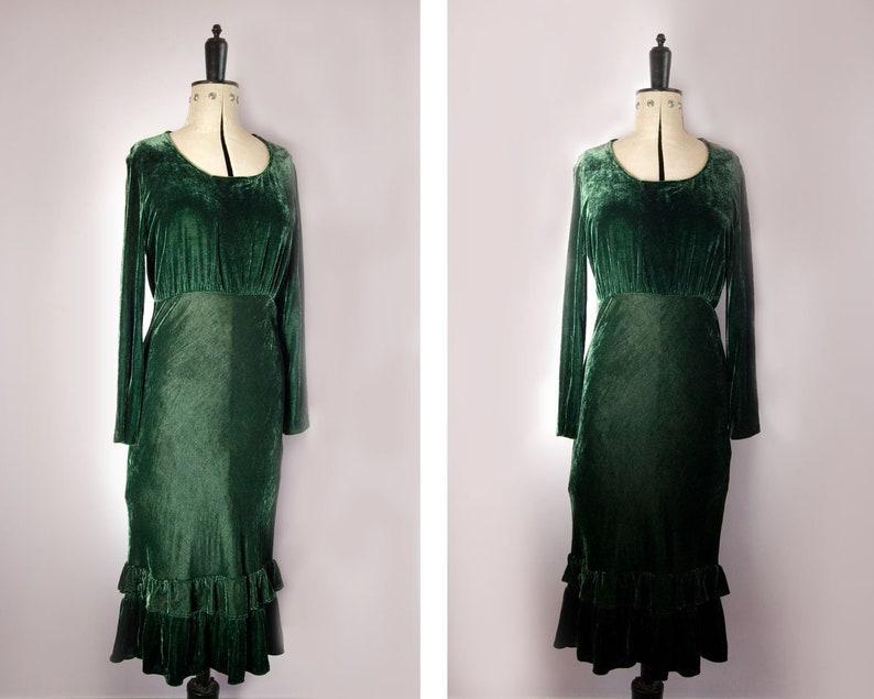 69f5853ad672 Vintage 1930s style green velvet evening dress Long sleeved   Etsy