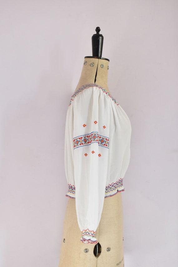 Vintage 1930s Hungarian embroidered silk crepe bl… - image 6