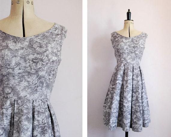 Vintage 1950s Novelty print cotton dress - 50s sce