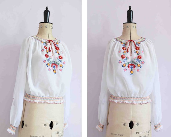 Vintage 1940s 50s 30s embroidered Hungarian blouse