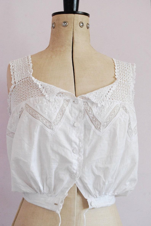 Edwardian cotton corset cover camisole lingerie Vintage Antique Victorian embroidered crochet lace corset cover Peasant top blouse