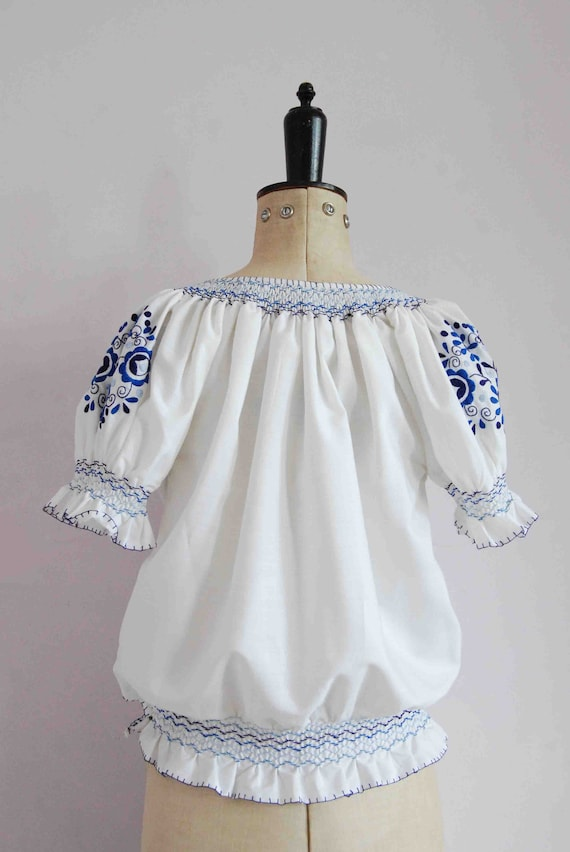 Vintage 1960s 70s 30s style embroidered Hungarian… - image 9