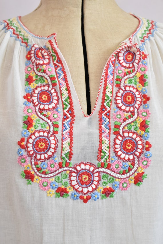 Vintage 1930s embroidered Hungarian sheer blouse … - image 3