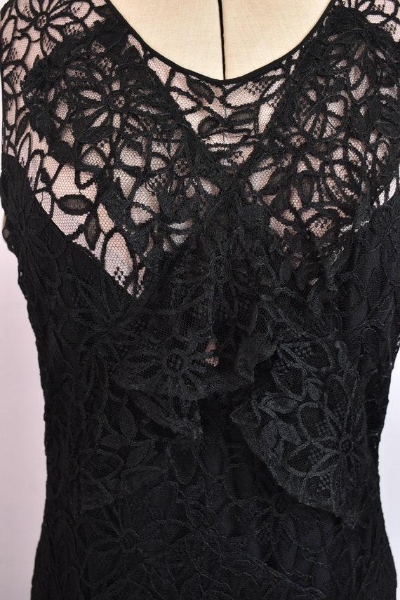 Vintage 1930s black floral lace ruffle bias cut g… - image 4