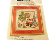 Bucilla Cross Stitch Picture or Pillow Kit, Best of Christmas, Vintage Bucilla Santa Claus Kit, Holiday Crafts