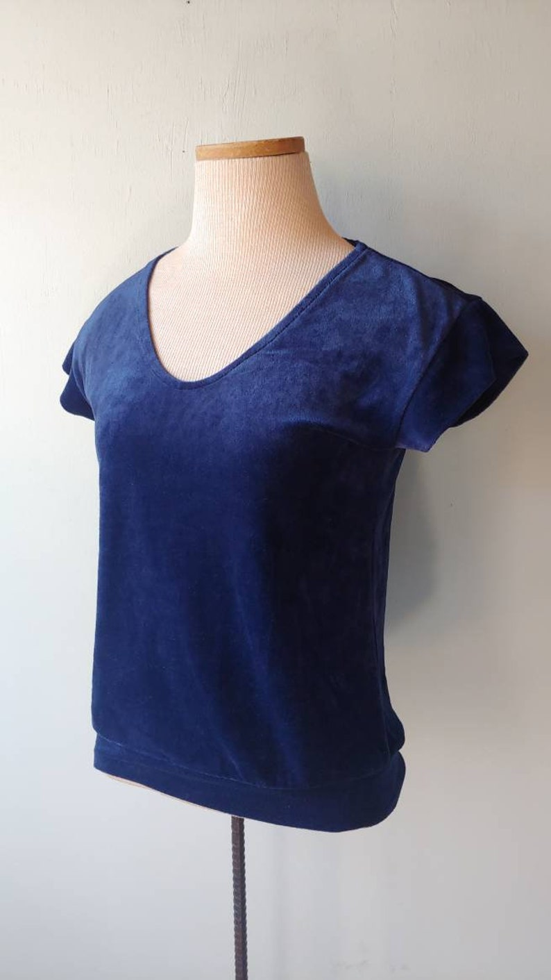 Vintage 70s Retro Royal Blue Velour V-neck Short Cap Sleeve Top Women/'s Size Small XS
