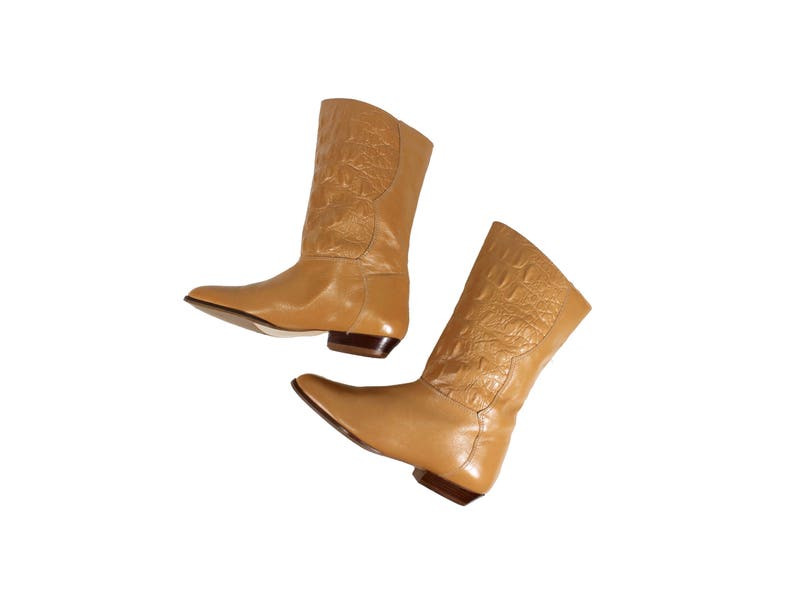 ae235a4fa6d89 Size 5 Tan Leather Mid Calf Boots with Textured Reptilian Detail // Tan  Leather Boots // VINT054