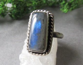 Sterling Silver Labradorite Ring, Size 5 Ring, Rings for Skinny Fingers, Gifts for Her, Boho Ring, Bohemian Ring, Rectangle Ring, Statement
