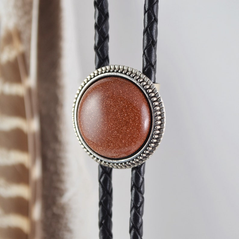 Red Goldstone Bolo Tie Small Round Red Stone Y Necklace Simple Western Silver Bola Tie For Men /& Women Minimalist Black Leather Lariat