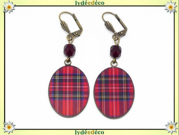 Retro earrings cabochon resin bronze Outlander tartan red Scottish Plaid beads 18 x 25mm faceted