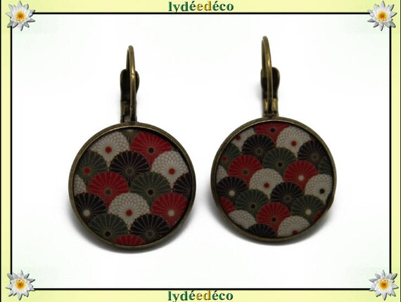 Earrings retro Japan fan resin flower Japan Red White Green Khaki Black resin brass bronze
