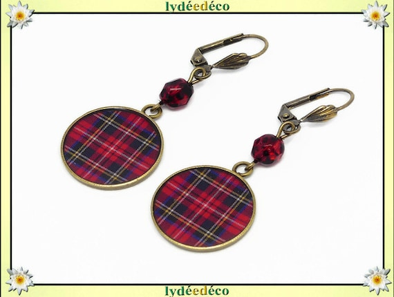 Outlander black and Red Scottish Plaid Tartan earrings brass resin beads resin mother's day Christmas birthday gift