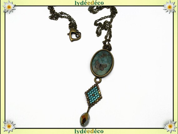 Retro necklace cabochon resin Butterfly 20 x 15mm Green Brown bronze medallion brass Rhombus beads 15 x 10mm heart clasp