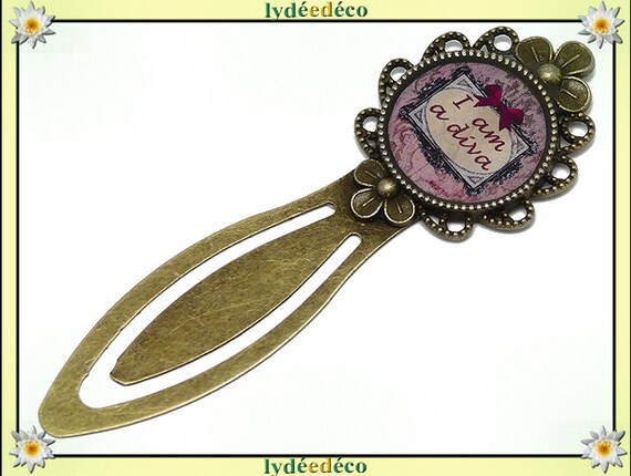 Bookmarks Message Message I'm a diva Pink Purple black bow tie resin bronze brass 20 mm mothers birthday gift