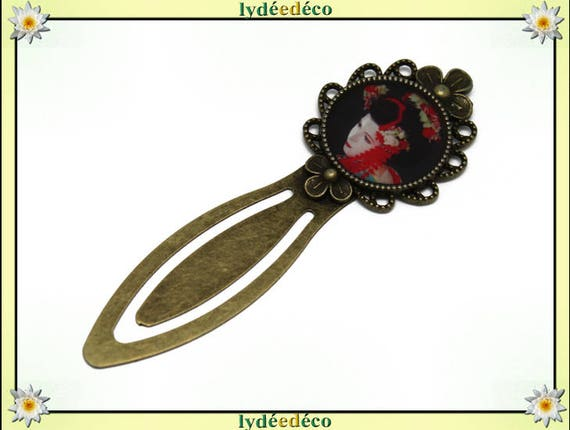 Bookmark retro Fleur Geisha Japan red black white green resin and brass 20mm