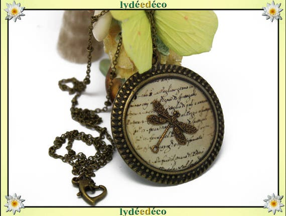 Writing parchment beige Brown retro sepia Dragonfly necklace, retro resin brass Locket 30mm inside 40mm outer edge