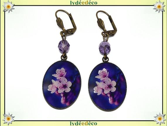 Earrings sakura flower resin Japan blue white pink purple resin brass bronze pearls party of mothers gift Christmas birthday