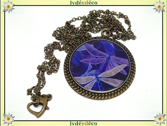 Vintage retro beige purple blue Dragonfly resin and brass necklace, retro bronze 25mm Locket
