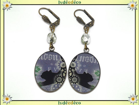 Earrings vintage retro black white green steampunk clockwork resin bronze beads pendants 18 x 25mm glass cat