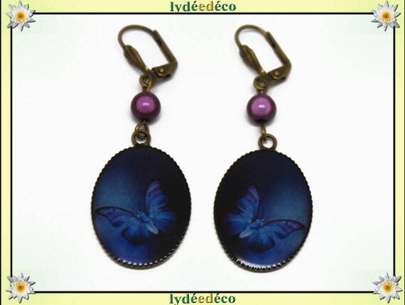 Boucles d'oreilles rétro vintage Papillon bleu blanc violet résine laiton bronze perles verre pendentifs 18 x 25mm