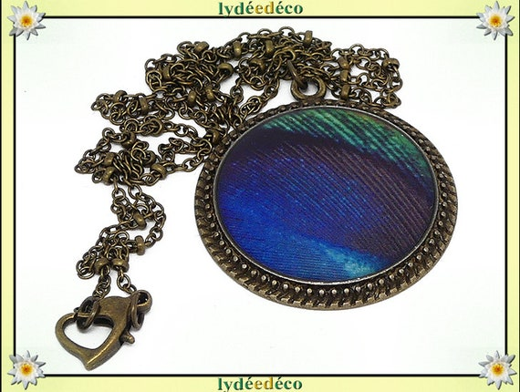 Necklace vintage retro Peacock feather blue green resin brass Locket 25mm heart mother's day birthday gift