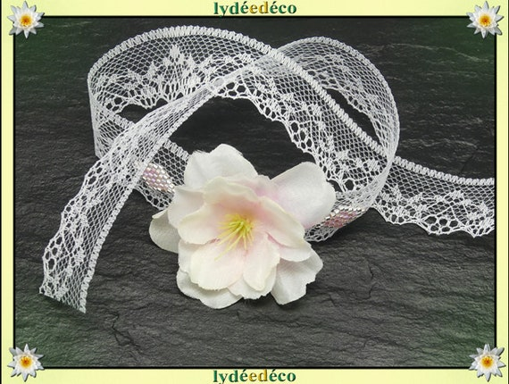 Bracelet tie lace wedding weaving beads white pink Japan sakura bridesmaid witness couple ceremony welcome silk flower
