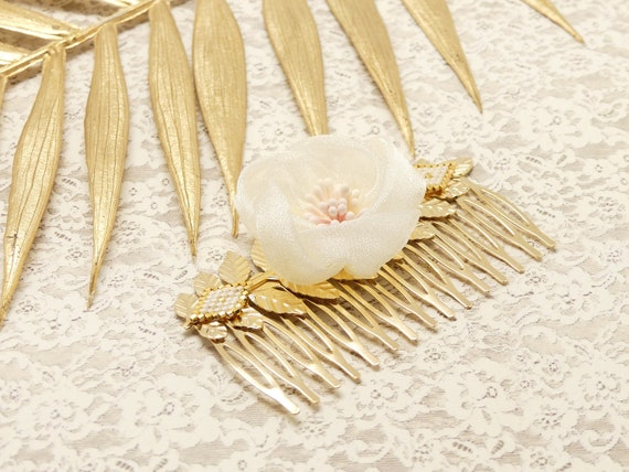 FLOWER Comb Hair Accessory Leaves Japan Brass Gold Flower Japanese Pearl Resin Wedding Ceremony