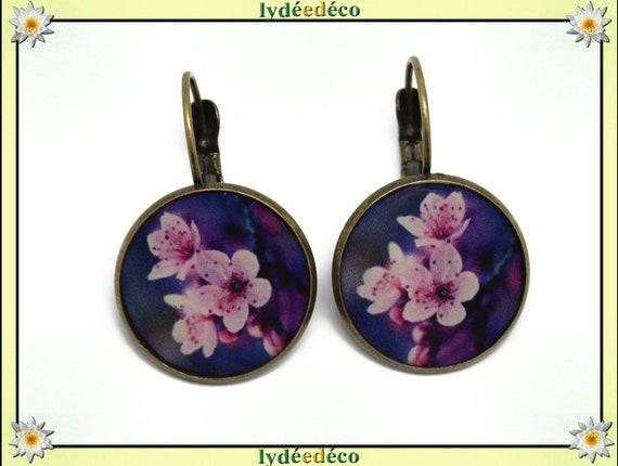 Sleepers earrings retro bronze resin brass Blue White Pink Purple resin sakura cherry blossom Japan