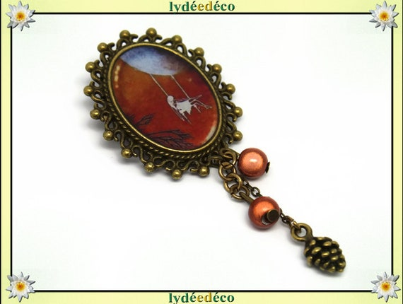 Retro pin resin Blue Moon white camel Brown brass bronze Oval Pendant 18 x 25mm charm beads pinecone