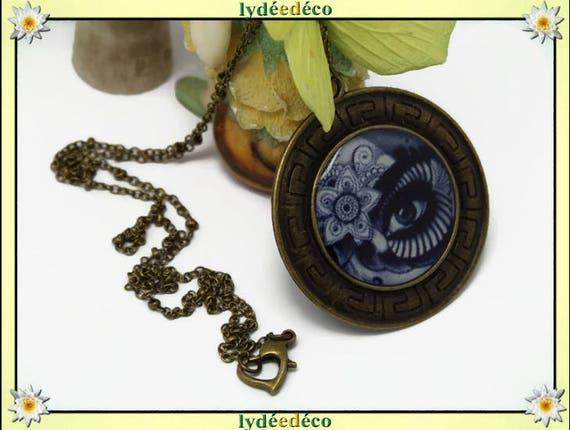 Retro necklace ethnic old school tattoo flower black gray white eye bronze resin heart pendant 40mm ball chain