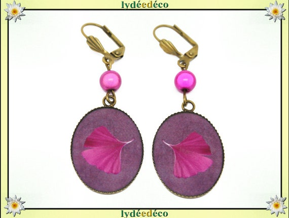 Retro earrings Japanese purple pink Fuchsia resin brass GINKO tree beads 18 x 25mm