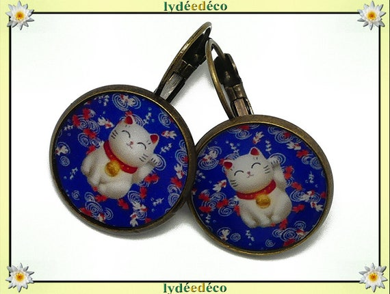 Retro sleepy earrings Chinese cat brings happiness blue red white bronze brass resin party from mothers birthday gift