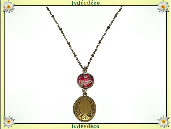 Retro vintage resin Japan cherry blossom sakura and mother's day birthday Christmas gift Christmas brass photo necklace