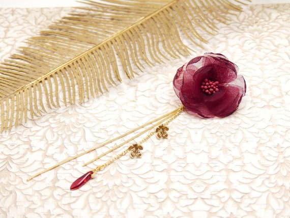 Spindle FLORA interchangeable resin pearl drop chain red burgundy brass golden resin ceremony wedding gift