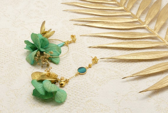 Curls HORTENSE asymmetrical resin flowers stabilized pearls gold 24k ceremony wedding gift fete of christmas mothers